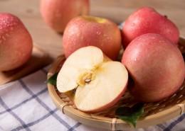 清脆香甜的苹果图片(10张)
