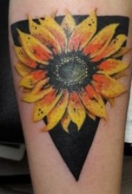 花朵纹身图案 水彩纹身妖艳的花朵纹身图案