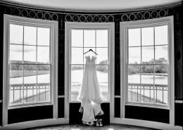 纯白的婚纱图片(13张)