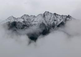 白雪皑皑的山脉图片(11张)
