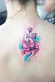 小清新的9张可爱的mini款水彩纹身图片