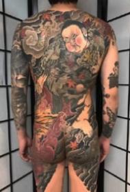 通体纹身 传统风格的9张满背通体纹身作品图案