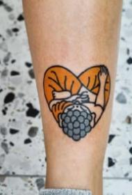 一组9张心形的小清新桃心纹身图案