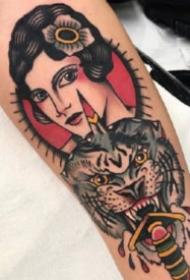 红色调oldschool风格的18款纹身图片欣赏