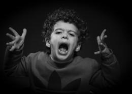 黑白男孩肖像照图片(10张)