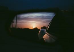 汽车后视镜里的风景图片(10张)