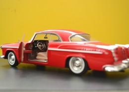 红色复古汽车模型图片(12张)