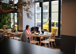 装修精致的咖啡店图片(1