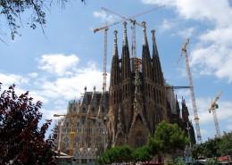 西班牙巴塞罗那圣家族大教堂图片(16张)