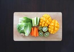 砧板上的瓜果蔬菜图片(16张)