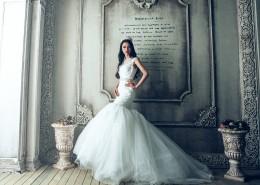 穿着纯白婚纱的新娘图片(9张)