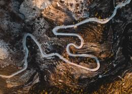 从高空中鸟瞰公路图片(1
