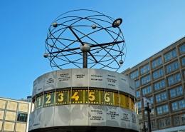德国柏林世界时钟高清图片(10张)