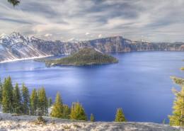 美国火山口湖自然风景图片(8张)