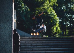玩滑板的男孩图片(12张)