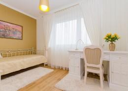 现代简约卧室装修图片(1