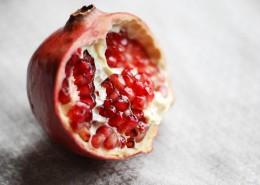 鲜红的石榴图片(11张)