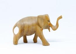 大象雕刻小摆件图片(9张)
