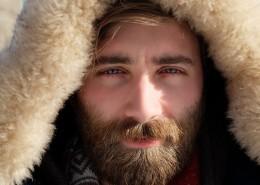 留胡子的青年图片(10张)