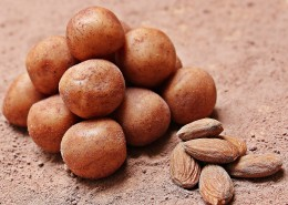新鲜光滑的土豆图片(11张)