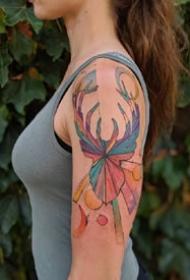 一组法国艺术家设计的浪漫彩色纹身图案