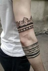 19款好看的星球星空等黑色臂环纹身图案