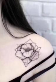 女生素花纹身 适合女生的9款小清新素花纹身图案