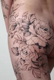 一组女生小清新花朵纹身