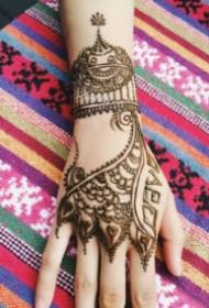 海娜纹身 印度的9款手背腿部海娜纹身图片