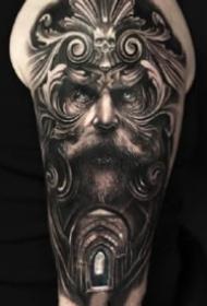 大臂写实纹身 欧美9款包大臂的黑灰写实纹身图片