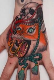 手背纹身作品 13款大花手背的纹身图片赏析