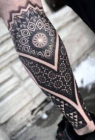 点刺花臂纹身 9款点刺风格的花臂花腿纹身图案