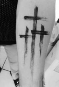 十字架刺青 小清新的9款黑色调十字架纹身图片