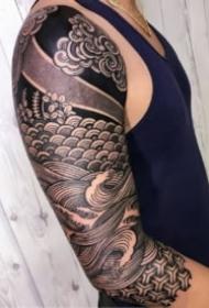 黑臂纹身 硬核线条的9款包臂纹身图案