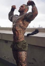 Leon Yaki身高196的纹身奶爸-纹身肌肉大型男照片
