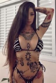 欧美纹身女郎 漂亮性感纹身的一组纹身美女图片