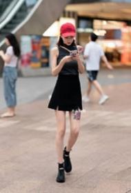 纹身美女的9款时尚街拍美女图片