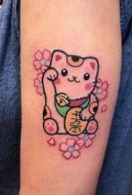 很可爱的小招财猫纹身图片