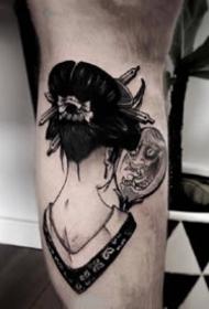 一组黑灰霸气女生纹身图案