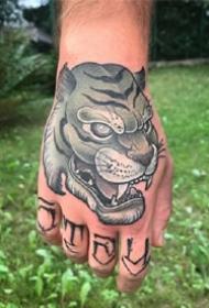 一组newschool风格的手背纹身图案