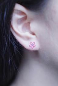 一组小清新女生彩色纹身图案