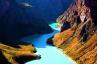 新疆阔克苏大峡谷风景图片(9张)