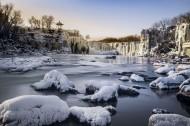 冬天的吊水楼瀑布风景图片(10张)
