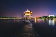 浙江杭州西湖夜景图片(13张)