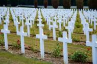法国凡尔登纪念公墓风景图片(12张)