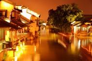 浙江嘉兴乌镇夜景图片(12张)