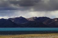 西藏拉昂错湖风景图片(14张)