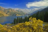 新疆天山天池风景图片(15张)