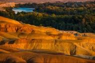 落日下的五彩滩风景图片(8张)