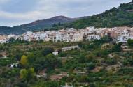 西班牙内华达山脉小城风景图片(10张)
